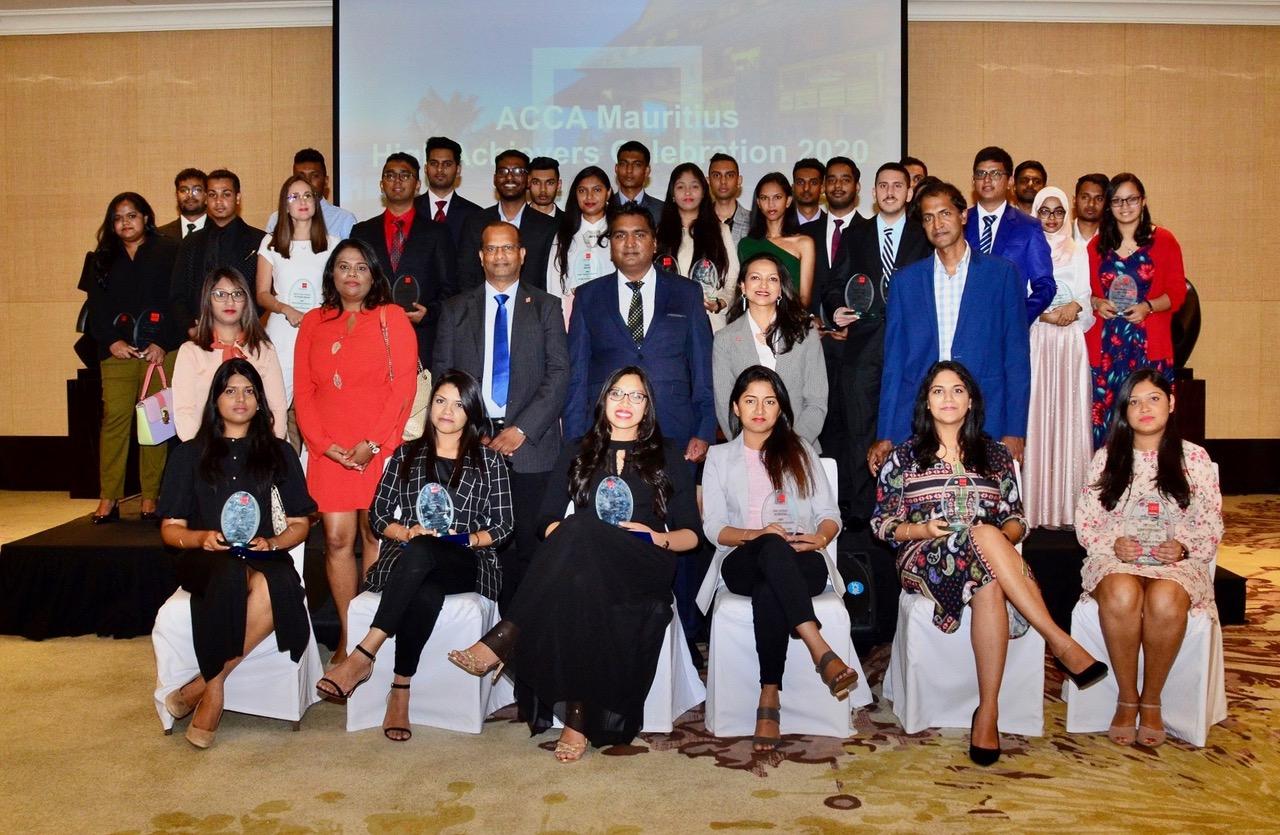 Vingt étudiants mauriciens dans le Top 20 mondial d'ACCA | business-magazine.mu