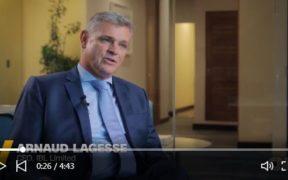 Arnaud Lagesse parle d'IBL sur la chaîne d'informations télévisées américaine