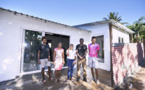 Achèvement de la reconstruction de cinq maisons à Cité CIM | business-magazine.mu