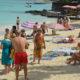 Tourisme : la sécurité et le prix du billet influencent le choix des Français   business-magazine.mu