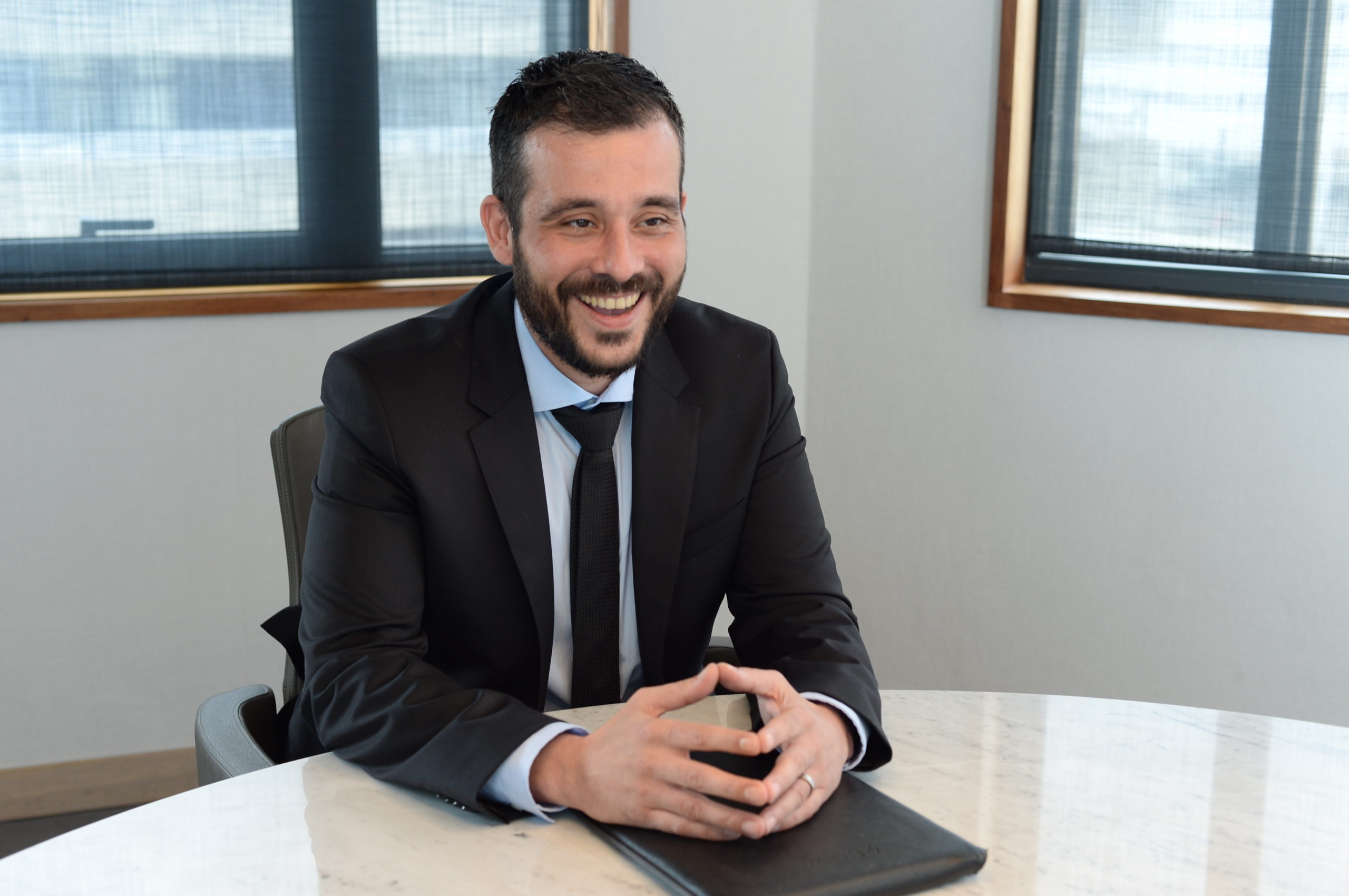 Ismaïl Pomiès  (Senior Fund Manager d'AXYS) - «AXIOM Africa Equity Fund s'adresse principalement aux investisseurs de long terme»   business-magazine.mu