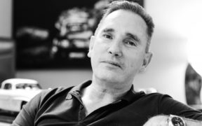Brian Burns - Une mécanique de dandy | business-magazine.mu