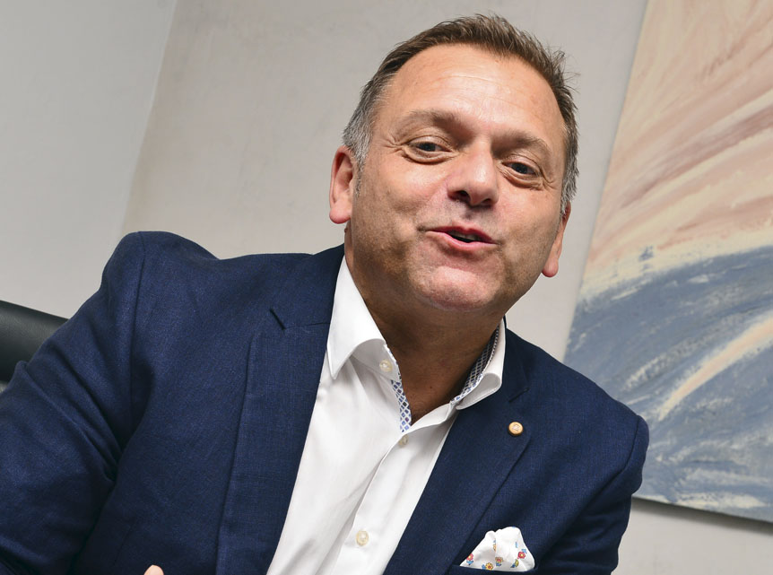 Laurent Roussel : un modèle de gestion aux couleurs pérennes | business-magazine.mu