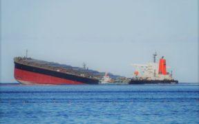 Échouement du MV Wakashio : 3 184 tonnes d'huile lourde pompées des cales ; il ne reste qu'à extraire 166 tonnes dans d'autres parties du navire | business-magazine.mu