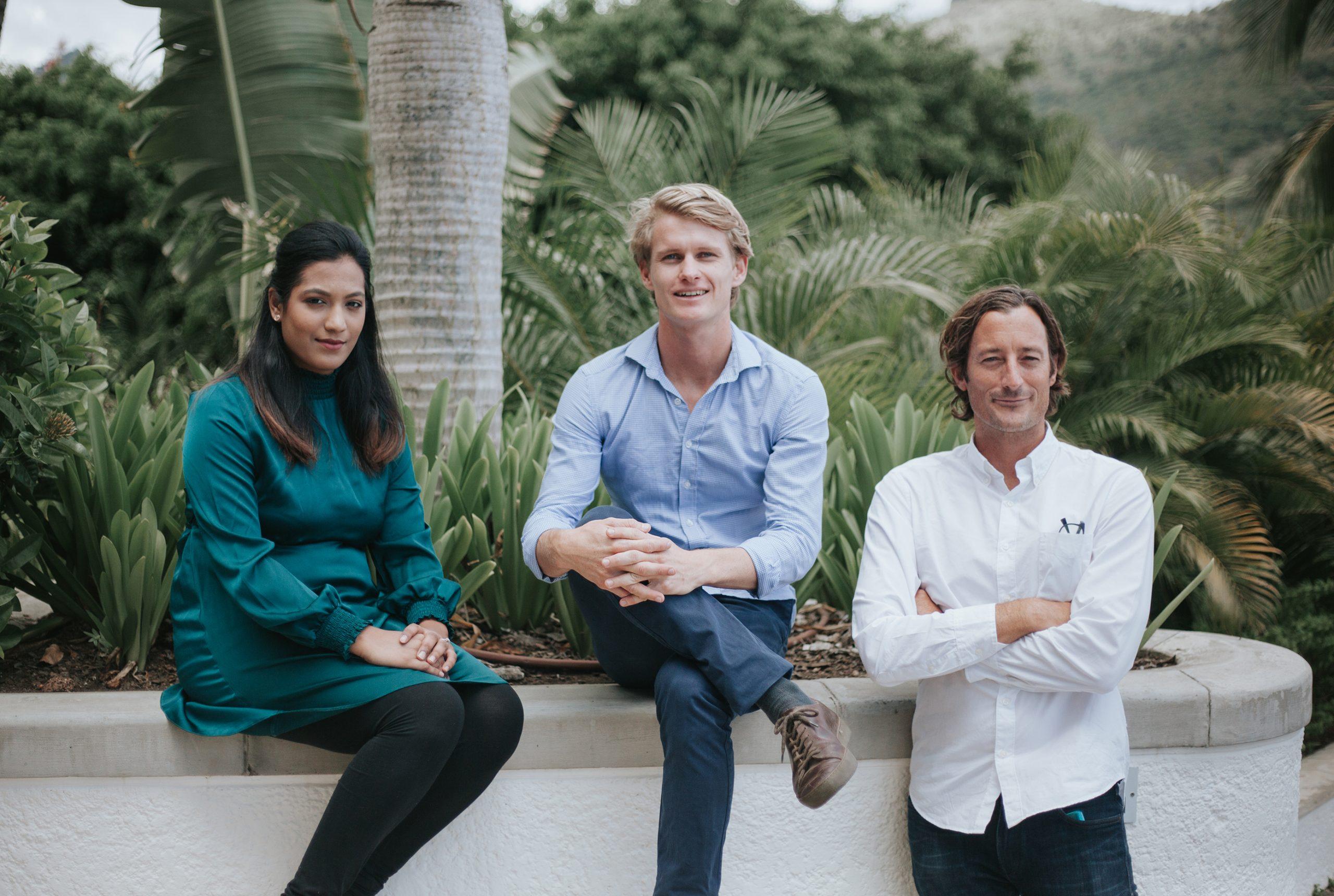 (de gauche à droite : Soomairah Dowlut – Financial Controller, Esben Raffray - Operation Manager et Christopher Rainer - Fondateur and Directeur)