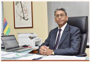 Vice-Chancellor Professor Dhanjay JHURRY, CSK, GOSK