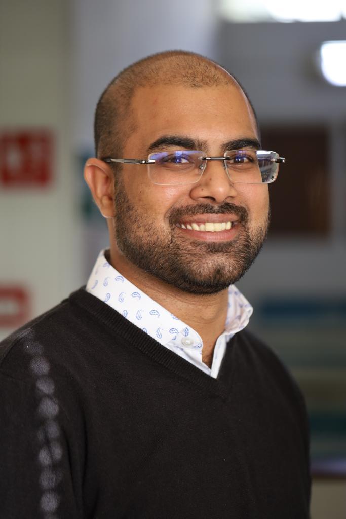 Yovan Jankee, Head of communication.